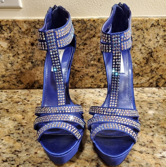 Steve Madden Shoes - Steve Madden Showstop Blue Satin heels